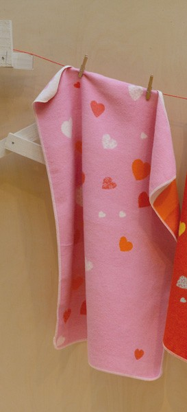 David Fussenegger - Babydecke Herzen rosa