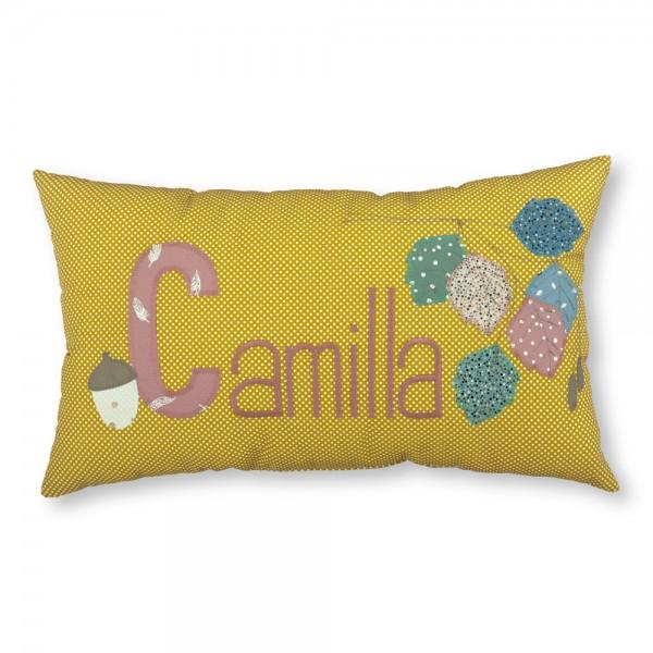 crepes suzette Kissen mit Name Camilla Blätter ocker